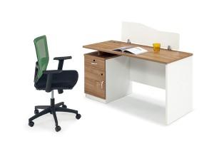 膠板辦公桌椅